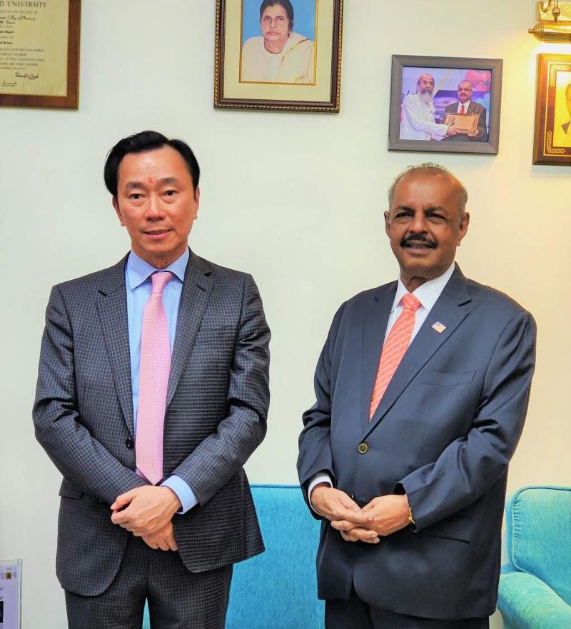 Mr. Pham Sanh Chau's visit to Sami-Sabinsa Group