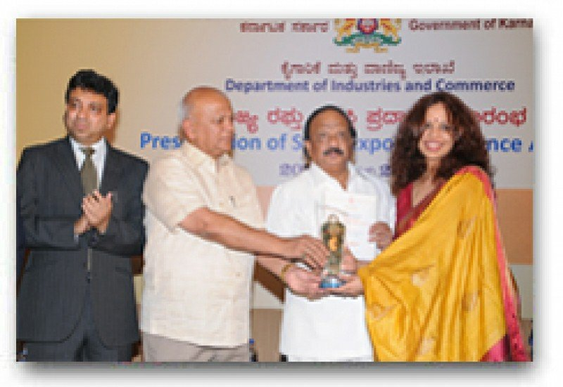Sami-Sabinsa Recognized with Award for Export Excellence by Karnataka Chamber of Commerce